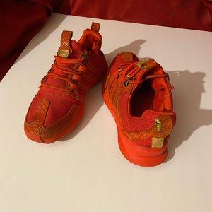 Size 6 Red SL Loop